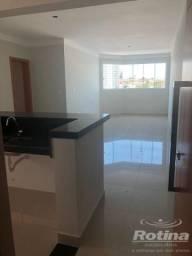 Apartamento à venda, 3 quartos, 1 suíte, 1 vaga, Maracanã - Uberlândia/MG