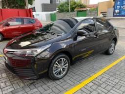 Toyota Corolla GLi automático 2018 - 30 mil km - 2018