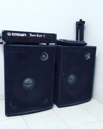 2 Caixas Amplificadas + 2 pedestais + potência + mesa Yamaha