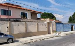 Casa com 6 Quartos Próx a Av. das Torres