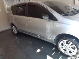 Nissan Livina 1.8 automática completíssimo