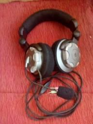 Fone com microfone R$ 55,00