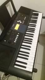 Teclado Yamaha E - 333