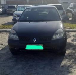 Renault Clio Sedan 2005 1.0