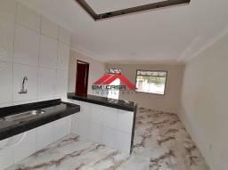 azE(sp3005) Vendo casa de 3 quartos-piscina-São Pedro da Aldeia