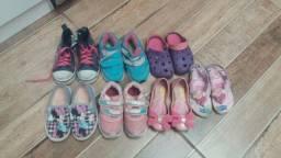 Lote de sapatos tam 23 24