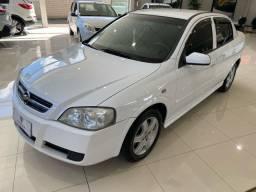 Impecável Astra Sedan 2008, Couro, Baixo Km, Lindo...