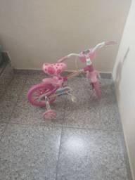 Bicicleta infantil feminina semi Nova