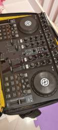Mesa DJ Profissional Traktor S4 + Case