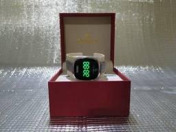 Título do anúncio: Relógio Unissex Skmei Digital 1589 - Prata
