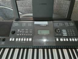 Título do anúncio: Teclado PSR e424 Yamaha