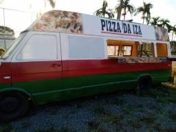 Estou vendendo contêiner , trailers e vans