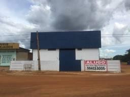 Alugo Galpão comercial na 812 Sul