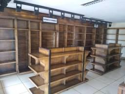 Prateleiras de madeira para mercado e empório