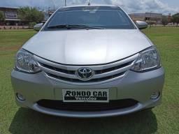 Toyota etios x 1.5 2015 - 2015