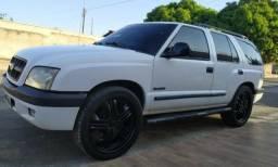 Blazer, rodas 22 pneus zero, motor v6, á mais top da categoria , caminhonetes - 2004