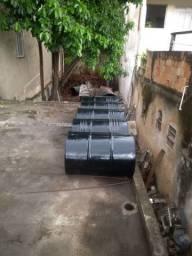 Tambores/latões de 200 litros