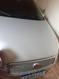Linea 2010 o carro ta novo vendo e garanto