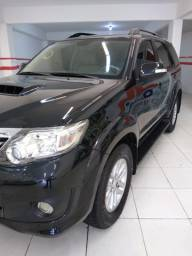 Hilux SW4 4x4 7 lugares 2013/2014