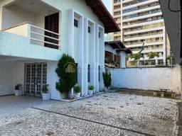 Casa em Condomínio 200m², 3 suítes com ótima área de lazer no Luciano Cavalcante