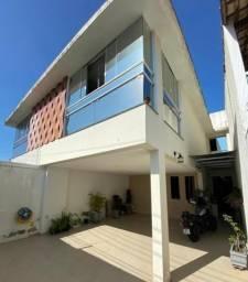Casa para locação anual na praia do morro com 3 quartos, sendo 3 suítes, com acabamento de