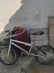 Vendo bicicleta 250 reais