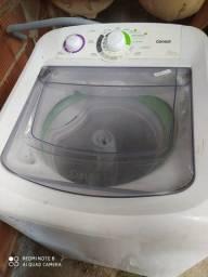Vendo máquina de lavar, com defeito pra quem trabalha com conserto,