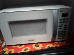 Título do anúncio: Vendo um microondas pequeno e uma TV 32 polegadas.