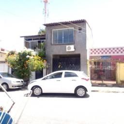 Casa Duplex,Localização Privilegiada (4)quartos! Garagem