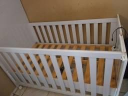 Berço E trocador de bebê