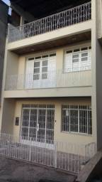 Aluguel de casa 3/4 (2 suítes) e 1 garagem