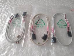 Cabos de áudio (CD/DVD-ROM x placa)