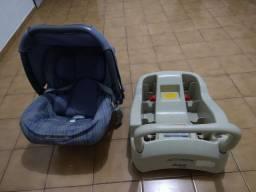 Carrinho, bebê conforto e suporte de encaixe