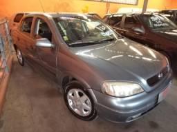 Astra Sedan 2000 - Financio para autonomos