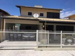 Sobrado para Venda em Barra Velha, Centro, 3 dormitórios, 3 suítes, 4 banheiros