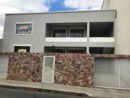 Casa com 3 dormitórios para alugar, 150 m² por R$ 2.200,00/mês - Centro - Montes Claros/MG