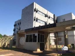 Apartamento com 2 dormitórios sendo 1 suíte - Edifício Montoya - Centro