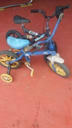 2 bicicletas infantis
