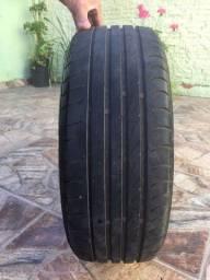Jogo de rodas com pneus semi novo 205/45/17 vendo