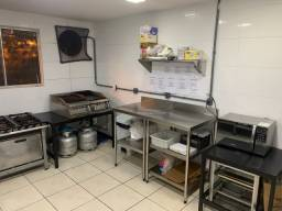 2 vagas chapeiro e auxiliar de cozinha Terreirao recreio