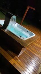 Banheiras e spas de hidromassagem em até 12x