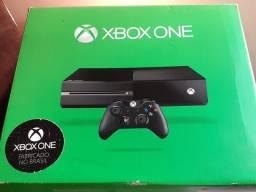 Xbox One + 1 Controle Novo com 4 Jogos