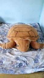 100 Reais tartaruga de pelúcia gigante...