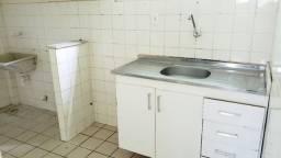 Apartamento com 2 quartos, nascente e arejado em Candeias!