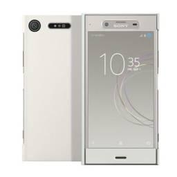 Título do anúncio: Celular Sony XZ1 prata lacrado modelo G8143 64gb 4gb 19mp 5057 x 3796 pixel 4k
