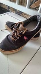 Sapatos de 10 a 15 reais