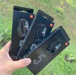 Mi band 5 Lacrada + pulseira + película   Versão global e original   Xiaomi