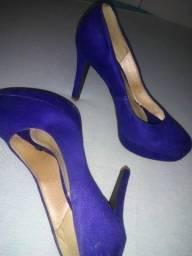 Sapato alto 30,00 cada par