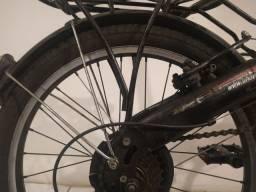 Título do anúncio: Bike dobrável com 7 velocidade com 2 anos de uso