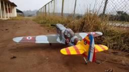 Aeromodelo dewoitine d520